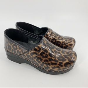 Dansko leopard print clogs